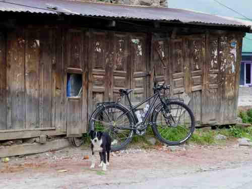 Elsa´s bike, covered in tape.